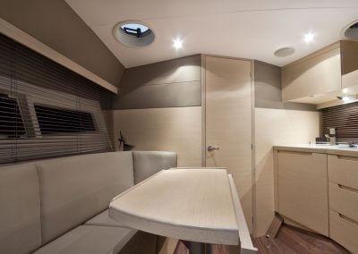 325-hts-interior-0008