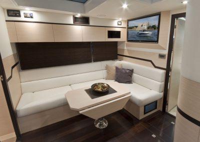 385-hts-interior-0010