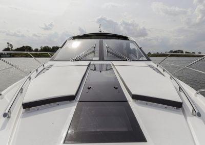 560-skydeck-cockpit-0014