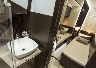 660fly-interior-0011