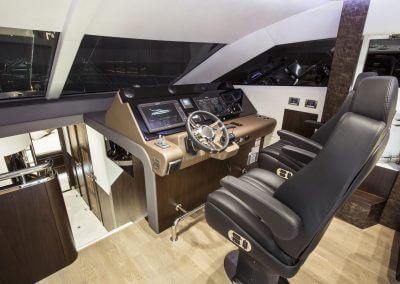 660fly-interior-0014