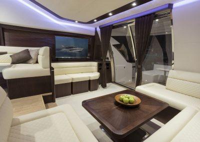 660fly-interior-0017