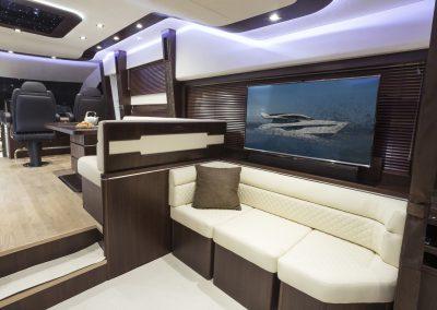 660fly-interior-0019