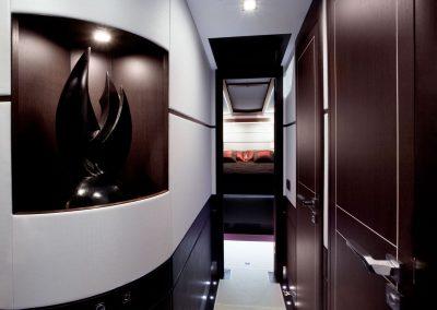 700-raptor-interior-0029