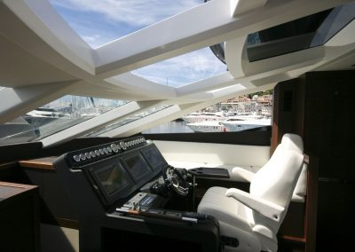 780-crystal-cockpit-0006
