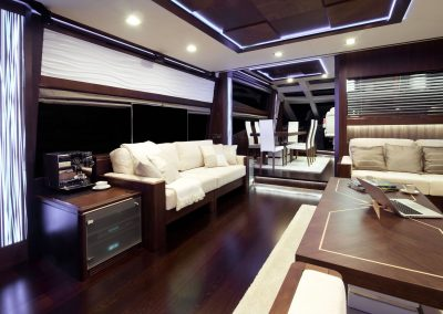780-crystal-interior-0003