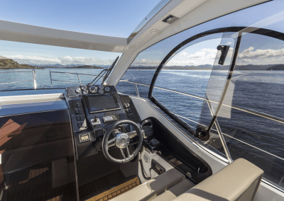 305-hts-cockpit-0004