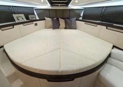 385-hts-interior-0002