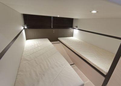385-hts-interior-0005