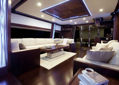 780-crystal-interior-0001