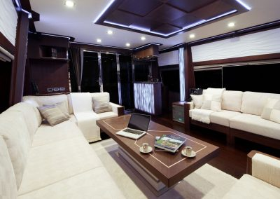 780-crystal-interior-0002