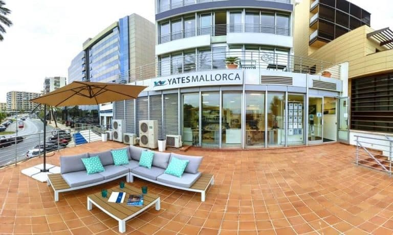 yates-mallorca-office