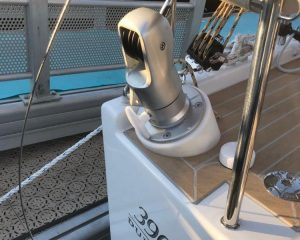 New to the Dufour 390 sailing yacht is a small but fine detail. The Davids for the dinghy at the stern can be conveniently lowered when not in use.