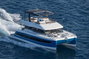 With its semi-displacement hulls, this Fountaine Pajot MY6 catamaran offers exceptionally good driving characteristics for fast and stable travel.